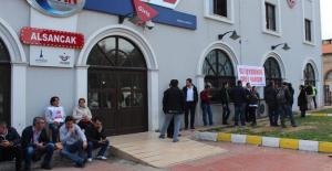 CHP Belediyesinde Zam İçin Grev Yapan 60 İşçinin İşine Son Verildiği İddia Edildi